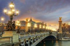 Bro av Alexandren III, Paris royaltyfri foto