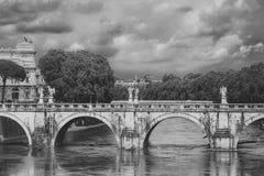 Bro av Hadrian royaltyfria foton