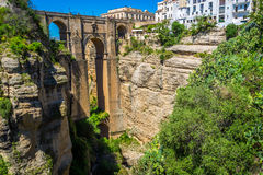 Bro av Ronda, en av de mest berömda vita byarna av Malaga Arkivbilder