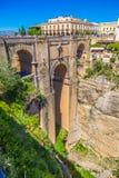 Bro av Ronda, en av de mest berömda vita byarna av Malaga Royaltyfria Foton
