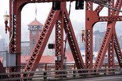 bro broadway över flodwillamette Royaltyfria Bilder