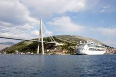 bro dubrovnik Arkivfoto