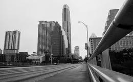 Bro för Austin Texas Skyline monokrom kongressaveny Arkivbild