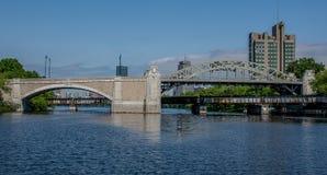 Bro för Boston universitet Arkivbild