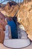 Bro för dammsugarefördämning över Coloradofloden Arkivfoton
