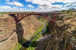 Bro för huvudväg 97 Arkivfoto