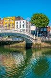 Bro för mummel`-encentmynt i Dublin Royaltyfri Foto