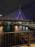 Bro för Zakim bunkerkull arkivbild