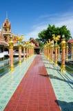 Bro från stora Buddha Royaltyfria Foton