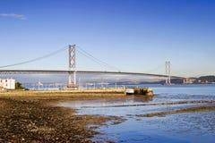 bro framåt Arkivbilder