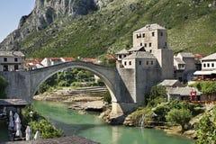 bro gammala mostar stämma överens områdesområden som Bosnien gemet färgade greyed herzegovina inkluderar viktigt, planera ut terr Royaltyfri Foto