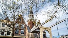 Bro i Alkmaar, Nederländerna royaltyfri bild