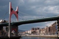 Bro i Bilbao fotografering för bildbyråer