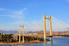 Bro i chalcisen, Grekland Arkivfoto