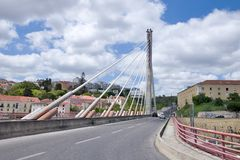 Bro i den gamla staden - Lissabon Royaltyfria Foton