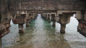 Bro i Esperanza, Vieques, Puerto Rico. Puente  Arkivbild
