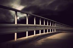 Bro i månsken Royaltyfri Foto