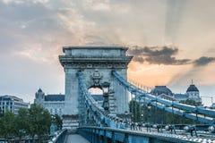 Bro i morgonen på flodDonauen Royaltyfria Foton