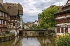 Bro i Petite France, Strasbourg arkivfoton