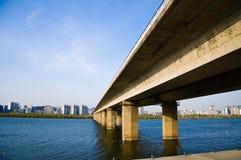 Bro i Seoul Arkivbild