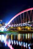 Bro i Taiwan på natten Royaltyfri Foto