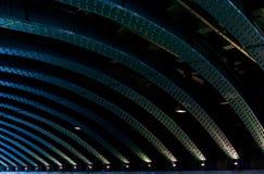 Bro konstruktion med stålstrålar Arkivbild
