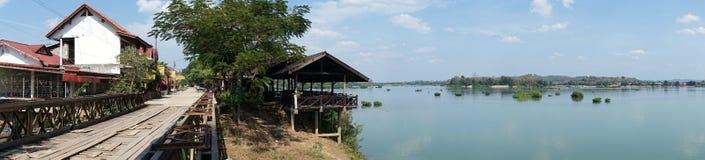 Bro och Mekong Royaltyfri Foto