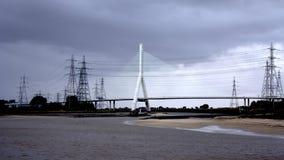 Bro och pyloner Royaltyfri Foto