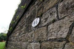 Bro 46 på den Leeds Liverpool kanalen Royaltyfri Foto