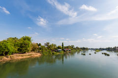 Bro på Don Khon Laos Royaltyfri Fotografi