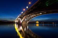Bro på en tyst natt Royaltyfri Fotografi