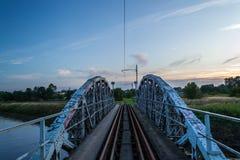 Bro på floden Ner, Polen Arkivfoto