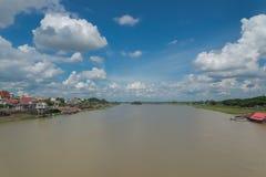Bro på Mun River Ubon Ratchathani arkivfoton
