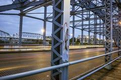 Bro på natten i Chattanooga Arkivfoto