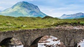 Bro på Sligachan i Skottland arkivfilmer