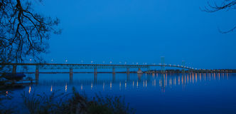 Bro till ett annat land arkivbilder
