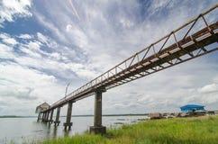 Bro till laken Arkivbilder