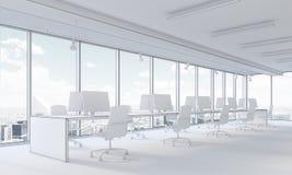 Büro- und Stadtansicht des offenen Raumes Stockfotografie