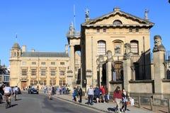 Broad Street, Oxford mit Clarendon-Gebäude Lizenzfreie Stockfotos