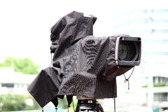 BROADCAST TV CAMERA. With waterproof bag Royalty Free Stock Photography