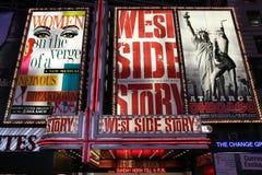 Broadway-Erscheinenreklameanzeigen Stockfoto