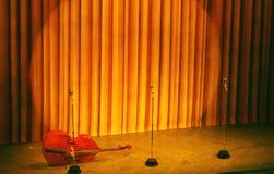 Broadway etapp med strålkastaren arkivbild