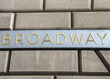 Broadway firma dentro New York immagini stock libere da diritti
