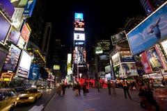 broadway new night york στοκ φωτογραφία με δικαίωμα ελεύθερης χρήσης