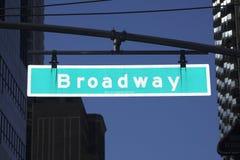 broadway tecken fotografering för bildbyråer