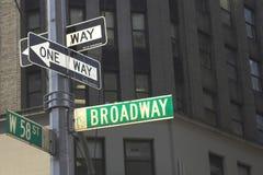 Broadway voorziet van wegwijzers Royalty-vrije Stock Foto