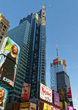 Broadway-Wolkenkratzer in Midtown Manhattan Stockbild