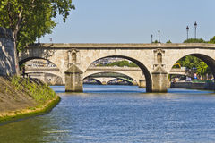 Broar över floden Seine Royaltyfria Foton