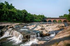 Broar för bro för Huaying flod forntida ---- Stjärna (gränsbro) Arkivbilder