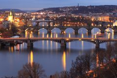 Broar i Prague Arkivfoto